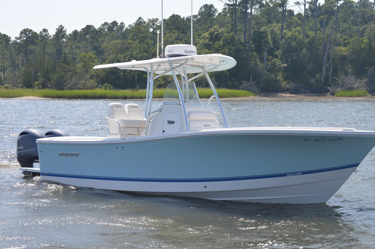 2014 used regulator center console fishing boat for sale for Used center console fishing boats for sale
