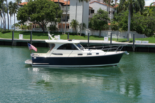 Used Legacy Yachts Cruiser Boat For Sale