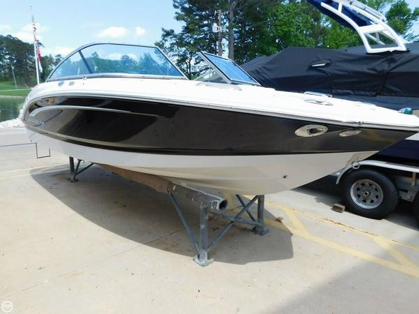 Used Chaparral 206 SSI Bowrider Boat For Sale