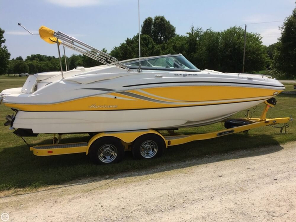 Used Hurricane SD 2200 Deck Boat For Sale