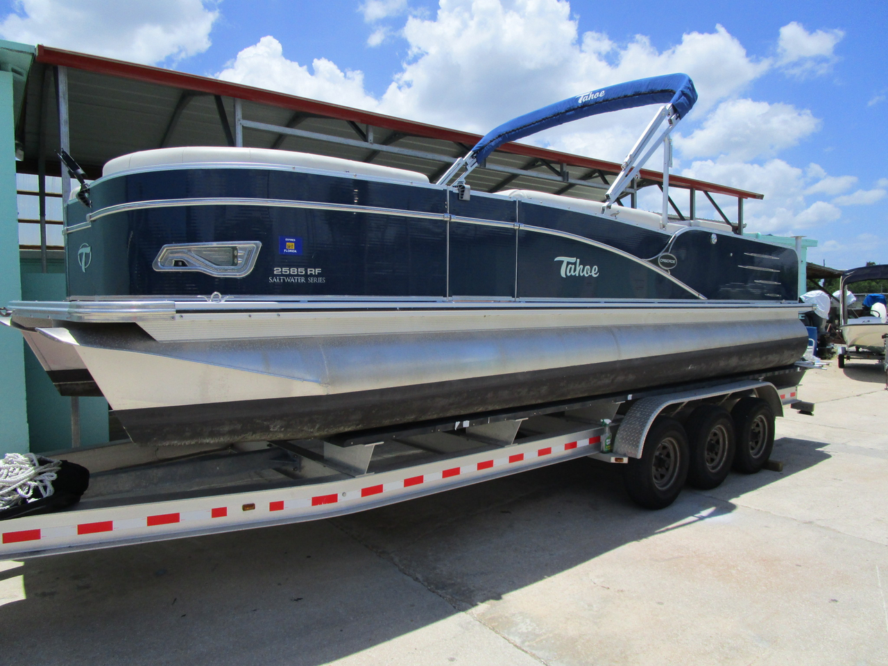 2015 used tahoe pontoons cascade rear fish 25 39 pontoon for Used fishing pontoon boats for sale