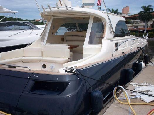 Used Mochi Craft 44 Dolphin Cruiser Boat For Sale