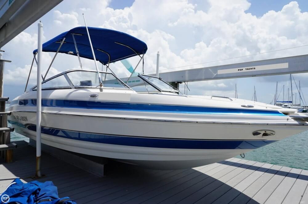 Used Larson 228 LXI Bowrider Boat For Sale
