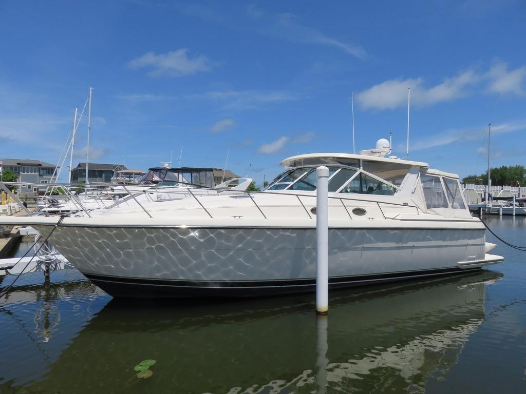 1997 Used Tiara 4000 Express Motor Yacht For Sale