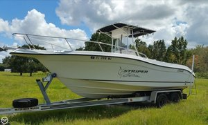 Used Seaswirl 2301 CC Striper Center Console Fishing Boat For Sale