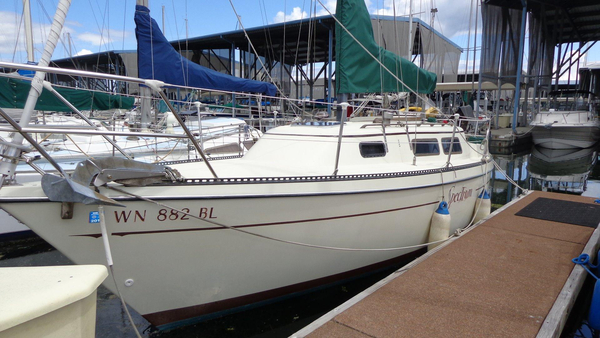 Used Sun Yachts Masthead Sloop Cruiser Sailboat For Sale
