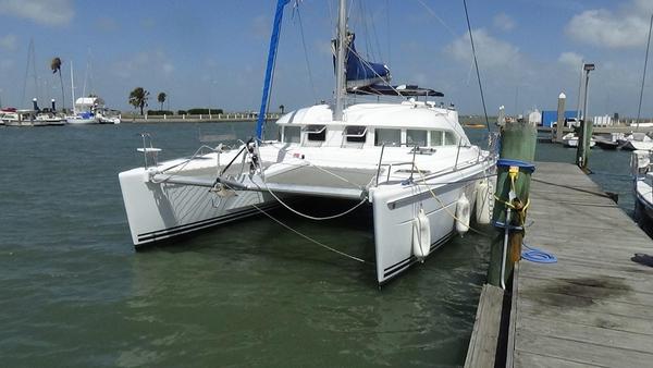 Used Lagoon 380 S2 Catamaran Sailboat For Sale