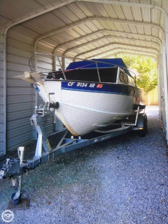 Used Starcraft 221 Islander Walkaround Fishing Boat For Sale