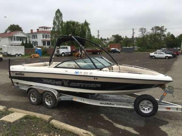 Used Malibu WAKESETTER XTI 23 Ski and Wakeboard Boat For Sale