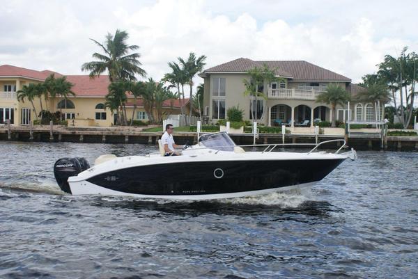 New Sessa KL 27 In Stock Cruiser Boat For Sale
