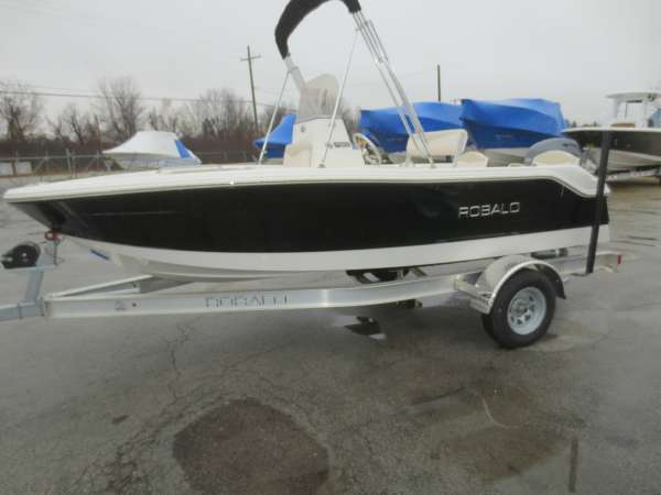 New Robalo R160 cc Center Console Fishing Boat For Sale