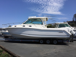 New Boston Whaler 345 Conquest Walkaround Fishing Boat For Sale