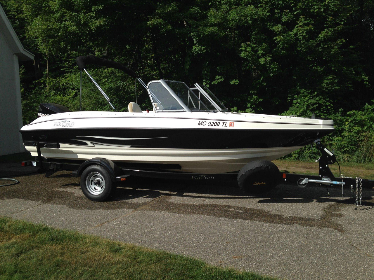 2012 used larson fx 1850 dc freshwater fishing boat for for Fishing boats for sale in michigan