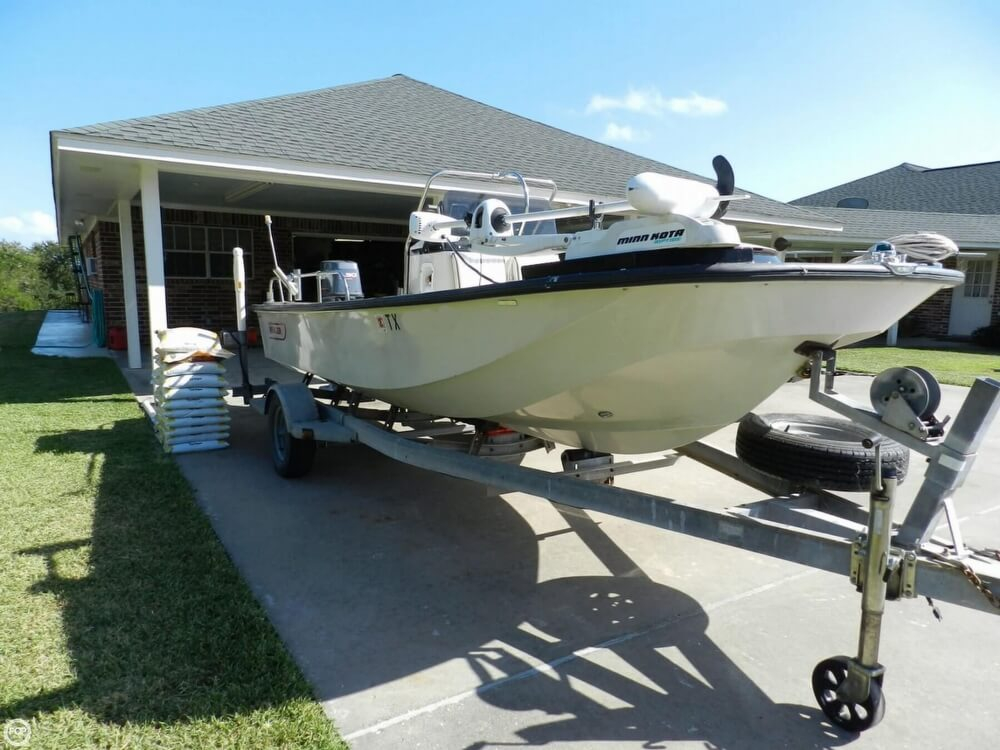 1987 used boston whaler 17 montauk center console fishing for Center console fishing boats for sale