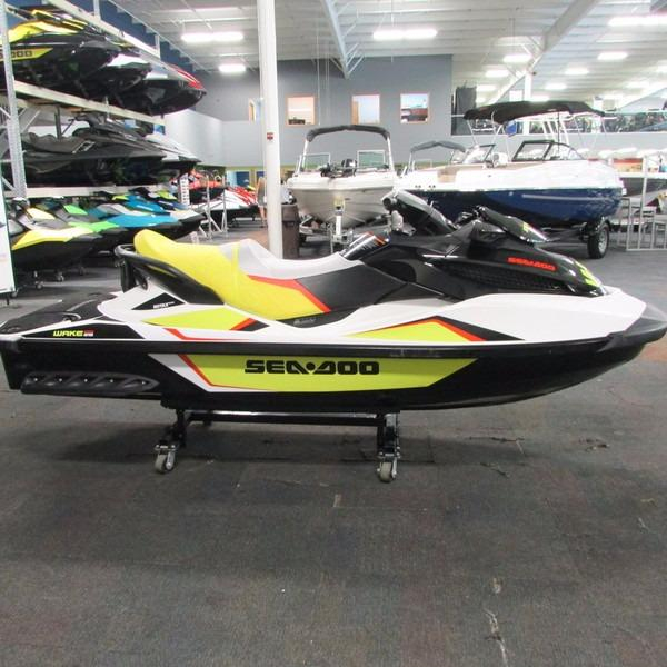 2014 used sea doo wake pro 215 personal watercraft for. Black Bedroom Furniture Sets. Home Design Ideas