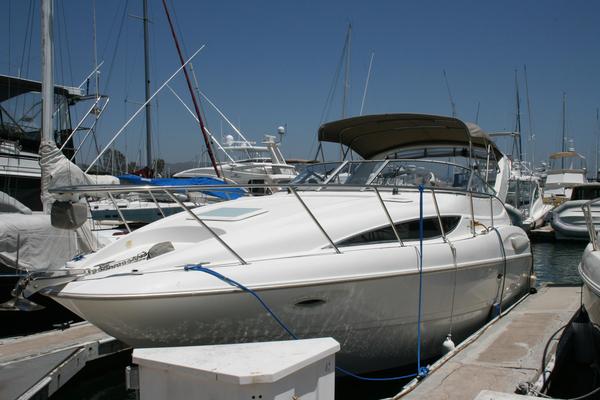 Used Bayliner 3055 Express Cruiser Boat For Sale