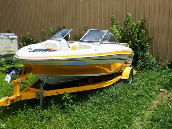 Used Tahoe Q4 SS Bowrider Boat For Sale