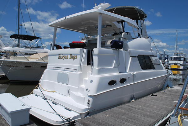 Used Silverton 372 Motor Yacht Aft Cabin Boat For Sale