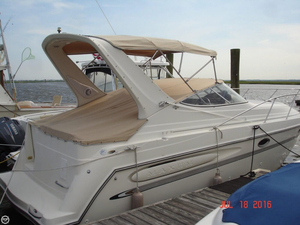 Used Maxum 2700 SCR Express Cruiser Boat For Sale