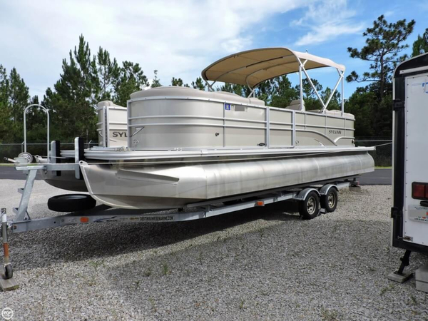 Used Sylvan Mirage 8524 Pontoon Boat For Sale