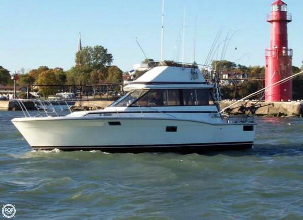 Used Trojan F 32 Sports Fishing Boat For Sale