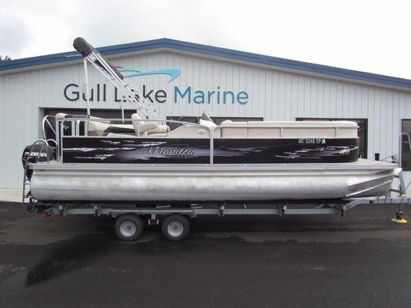 Used Manitou Aurora 22 VP Pontoon Boat For Sale