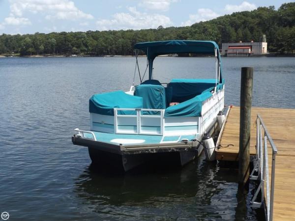 Used Jc Tritoon 266 Pontoon Boat For Sale