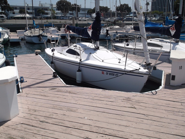 Used Capri 22 Daysailer Sailboat For Sale