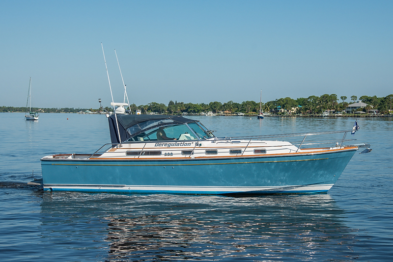2002 Used Sabre Yachts Express Motor Yacht For Sale