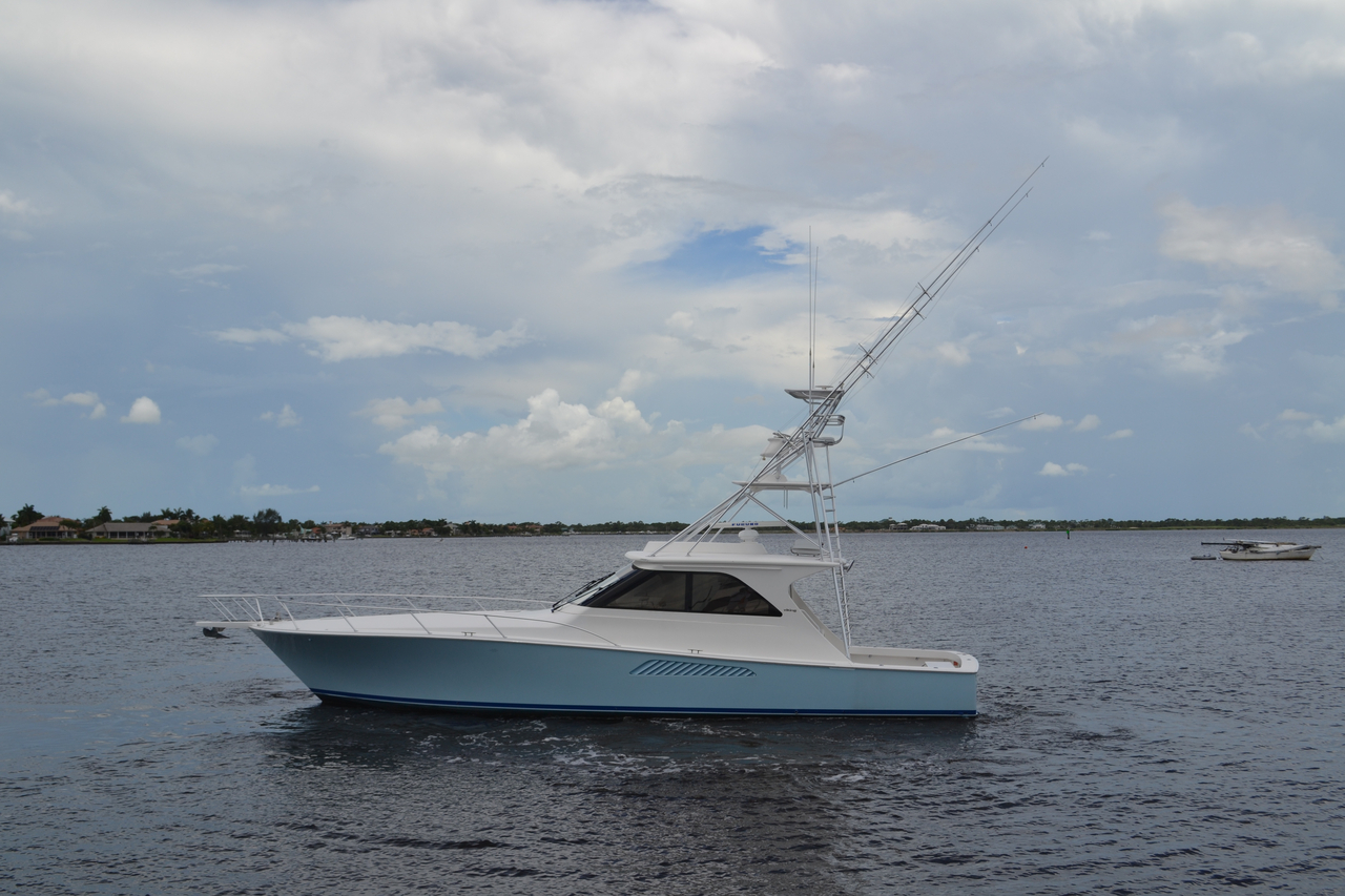 2007 used viking sport yacht sports fishing boat for sale for Viking fishing boat