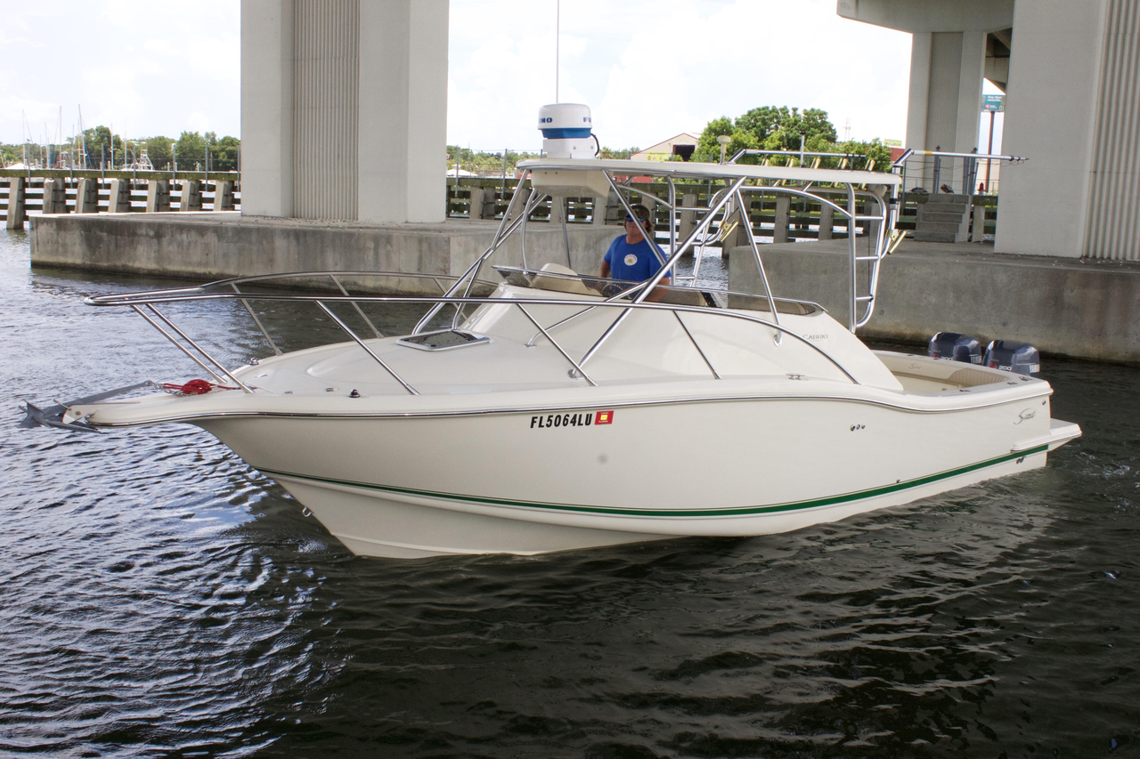 2000 used scout boats 260 cabrio saltwater fishing boat for Salt water fishing boats