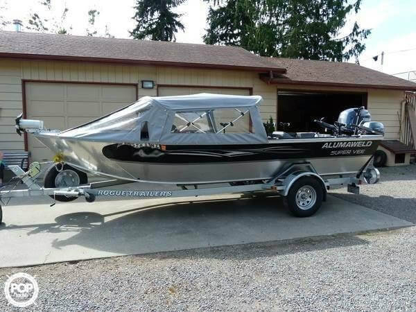 Used Alumaweld Super Vee Aluminum Fishing Boat For Sale