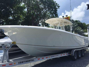 New Sailfish 320CC Center Console Fishing Boat For Sale