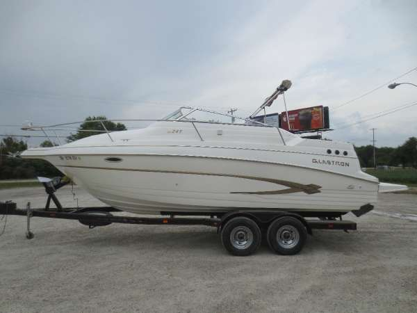 Used Glastron 249 GS Cruiser Boat For Sale