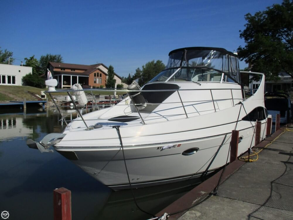Used Carver Mariner 36 Express Cruiser Boat For Sale