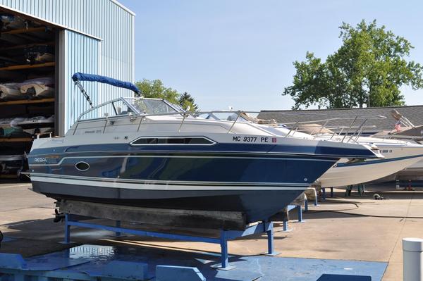 Used Regal Ambassador 233 XL Express Cruiser Boat For Sale