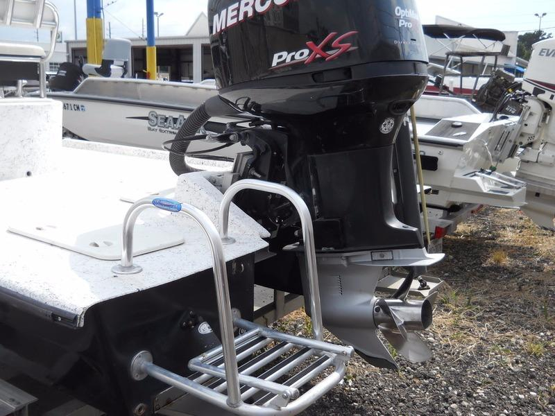 2008 used explorer attachaflat 233 center console fishing for Outboard motors for sale houston