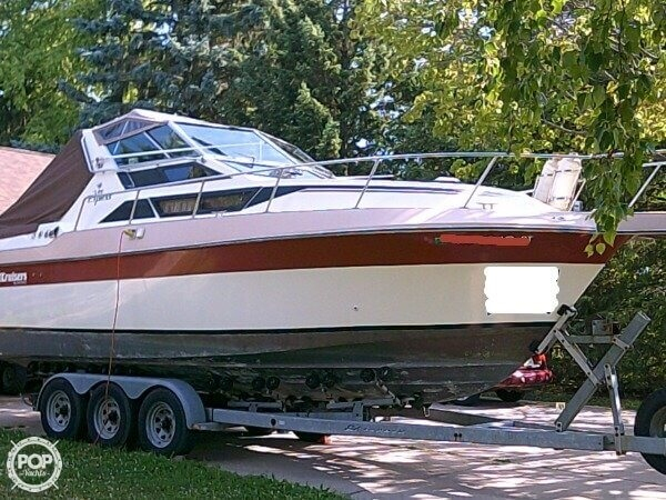 Used Cruisers Yachts 267 Vee Express Cruiser Boat For Sale
