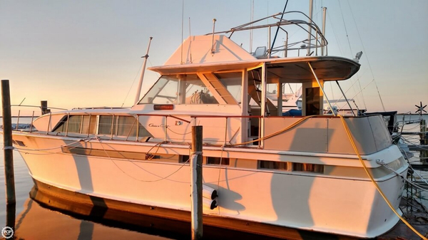 Used Chris-Craft 47 Commander Aft Cabin Boat For Sale