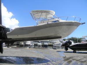 Used Sea Fox Walk Around 256WA Walkaround Boat For Sale