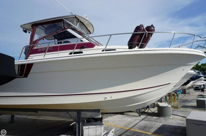 Used Pro-Line 2800 Walkaround Fishing Boat For Sale