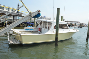 Used Custom Express Sports Fishing Boat For Sale