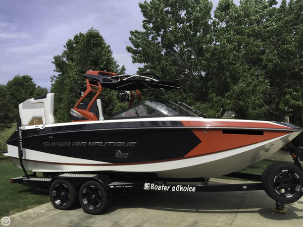 Used Correct Craft Super Air Nautique G23 Ski and Wakeboard Boat For Sale