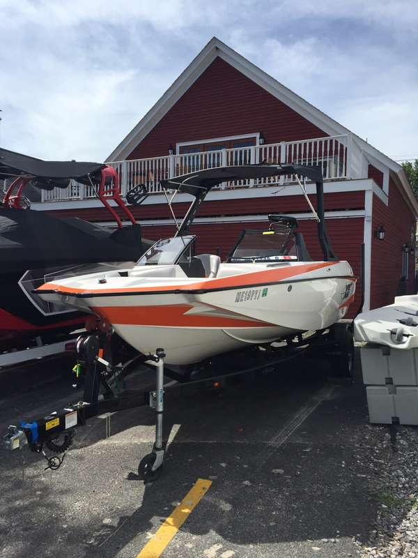 Used Axis A20 Ski and Wakeboard Boat For Sale