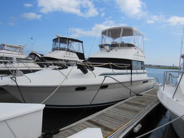 Used Silverton Sedan Bridge Motor Yacht For Sale