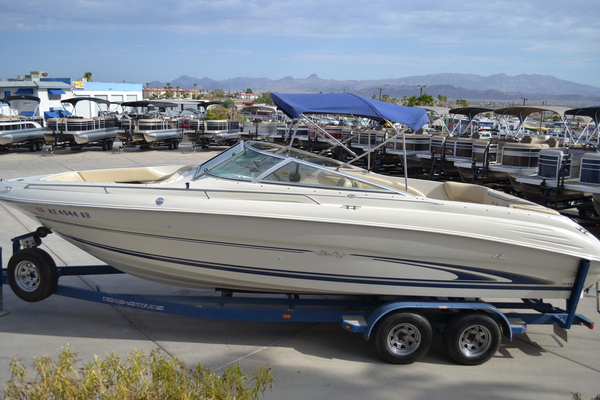 Used Sea Ray 260 Bow Rider Select Runabout Boat For Sale