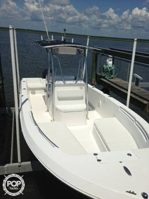 Used Angler 220 FX Center Console Fishing Boat For Sale