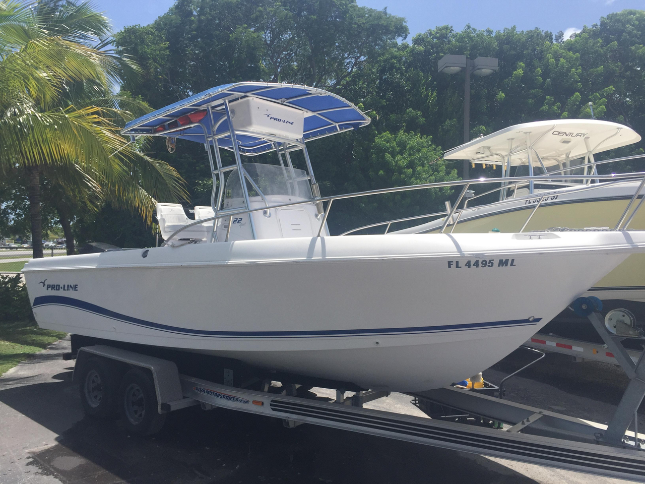 2004 used pro line 22 sport center console fishing boat for Sport fishing boats for sale