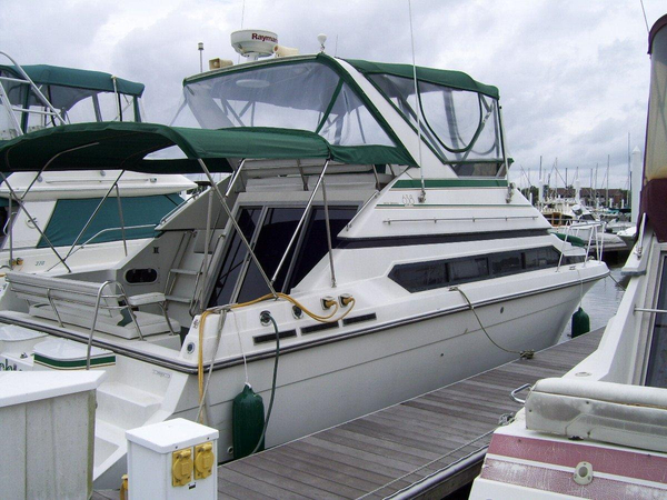 Used Carver 638 Santego Flybridge Boat For Sale