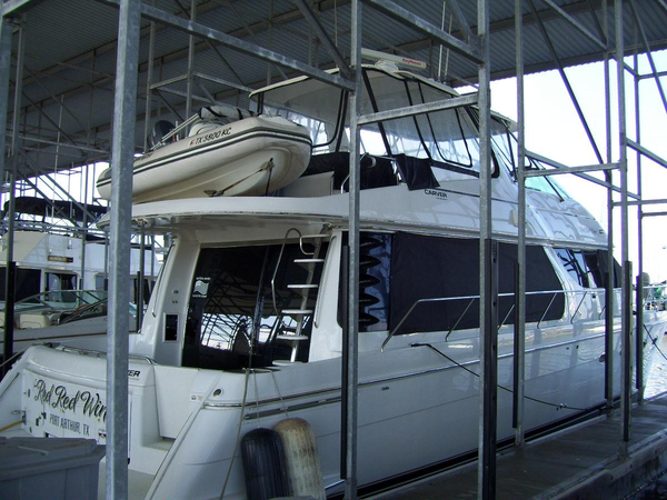 Used Carver 570 Voyager Pilothouse Motor Yacht For Sale